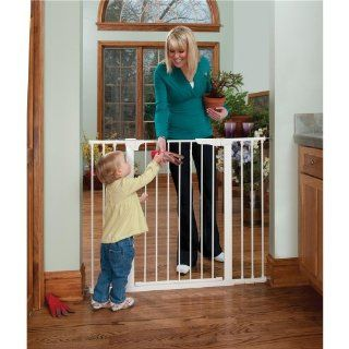Kidco Tall and Wide Auto Close Gateway Gate White Baby