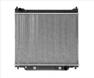 OE Replacement Ford Econoline Radiator (Partslink Number FO3010171) Automotive