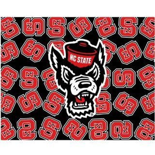 NCAA North Carolina State Wolfpack 500 Piece Logo Puzzle  Athletic Sweaters  Sports & Outdoors