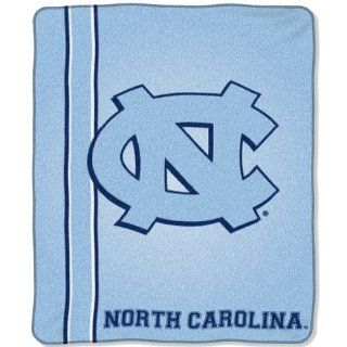 North Carolina Tar Heels   UNC Jersey Mesh Raschel Blanket/Throw   NCAA College Athletics  Sports & Outdoors