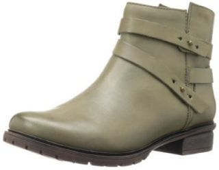 Kenneth Cole REACTION Women's Clo Ver Bootie Shoes