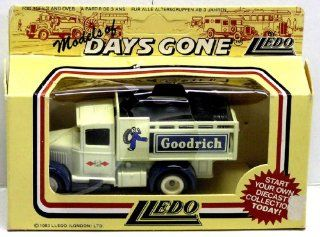 1936 FORD STAKE TRUCK   GOODRICH   Days Gone   LLEDO   1456 Toys & Games
