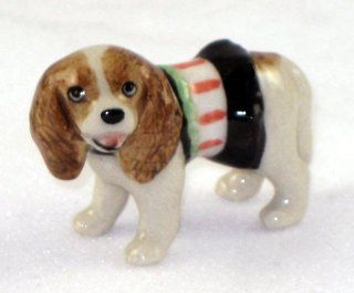 CAVALIER KING CHARLES SPANIEL Red Dog n Green/Pink/Black DRESS SUPER MINIATURE Porcelain Figurines KLIMA L885D   Collectible Figurines