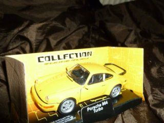 Brand New OFFICIAL Porsche 964 turbo die cast car size 138 Toys & Games