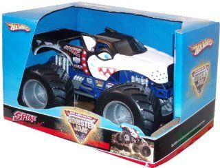 "Hot Wheels Monster Jam 124 Scale Die Cast Official Monster Truck 2008 Series   SPIKE Unleashed with Monster Tires, Working Suspension and 4 Wheel Steering (Dimension 7"" L x 5 1/2"" W x 4 1/2"" H) Toys & Games"