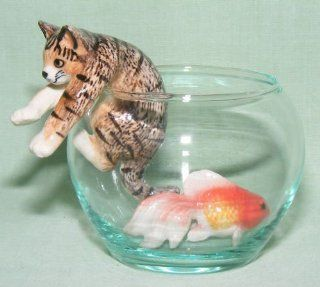 CAT Tiger Brown Climbs out of GoldFish Bowl w FISH New 3 MINIATURE Porcelain Figurines KLIMA L993C   Collectible Figurines