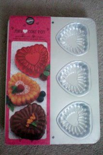 Wilton Mini Cake Pan    Make Romantic Heart Cakes & Desserts    Perfect for Valentines, Weddings, and Showers    New    Also includes Valentine Layered Gelatin Recipe Kitchen & Dining