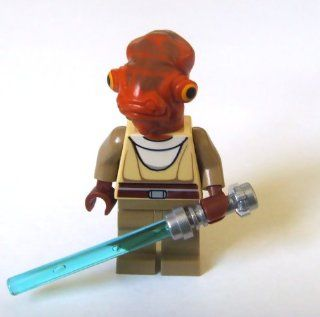 Lego Star Wars Mini Figure   Jedi Nahdar Vebb with Lightsaber (Approximately Toys & Games