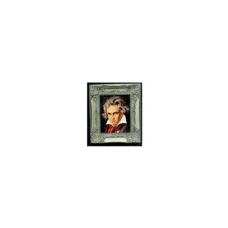 Haunted Picture with Frame   Ludwig Van Beethoven   Watches You Everywhere You Go   Magic Trick Toys & Games