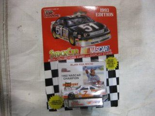 "NASCAR #7 Alan Kulwicki ""1992 Champion"" Hooters Racing Team Stock Car With Driver's Collectors Card And Display Stand. Racing Champions Red Background Black Series 51 Car Toys & Games"