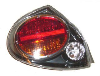 OE Replacement Nissan/Datsun Maxima Driver Side Taillight Assembly (Partslink Number NI2800155) Automotive