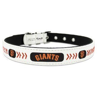 MLB San Francisco Giants Classic Leather Baseball Dog Collar  Sports & Outdoors
