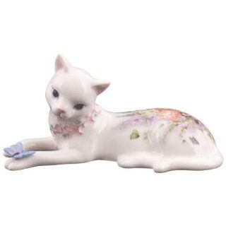 Kitty Kats Cat Playing With Butterfly Figurine   Collectible Figurines