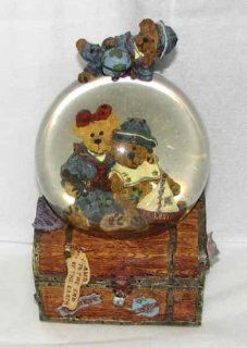 "Limited Boyds Bears Snowglobe Music Box Elvira & Chauncey Fitzbruin ""Shipmates""   Holiday Figurines"