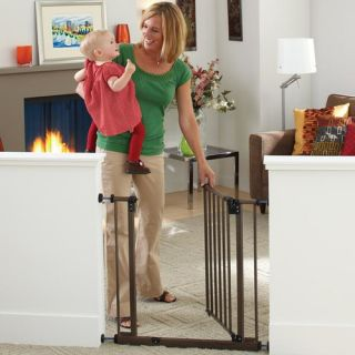 Supergate Deluxe EZ Close Gate by North States