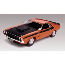 Revell 124 Scale 1970 Dodge Challenger Plastic Model Kit