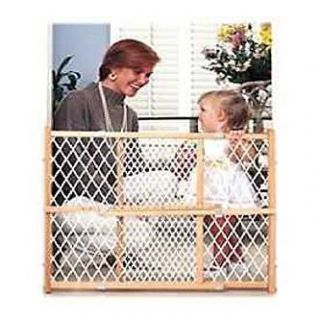 Evenflo Position & Lock Wood Gate   Baby   Baby Health & Safety   Baby